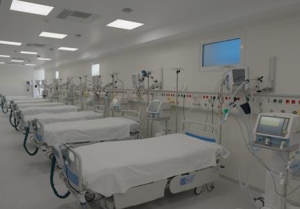 Εγκαίνια από τον Υπουργό Υγείας Βασίλη Κικίλια 12 νέων κλινών ΜΕΘ στο Νοσοκομείο Νίκαιας, δωρεά του κ. Ευάγγελου Μαρινάκη, της κας Αγγελικής Φράγκου και της ΙΟΝ Α.Ε..