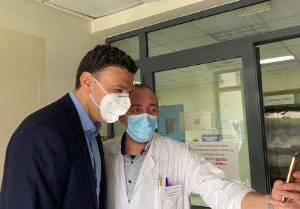 Ευχές και ένα μεγάλο «ευχαριστώ» στους υγειονομικούς από τον Υπουργό Υγείας Βασίλη Κικίλια