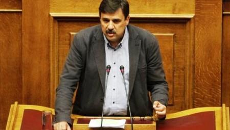 Ο υπουργός Υγείας, Ανδρέας Ξανθός  στη Βουλή για την υποχρεωτικότητα των εμβολιασμών