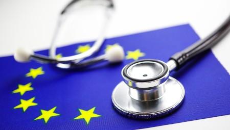 Σύσταση Ευρωπαϊκής Επιτροπής σχετικά με έναν ευρωπαϊκό μορφότυπο ανταλλαγής ηλεκτρονικών μητρώων υγείας