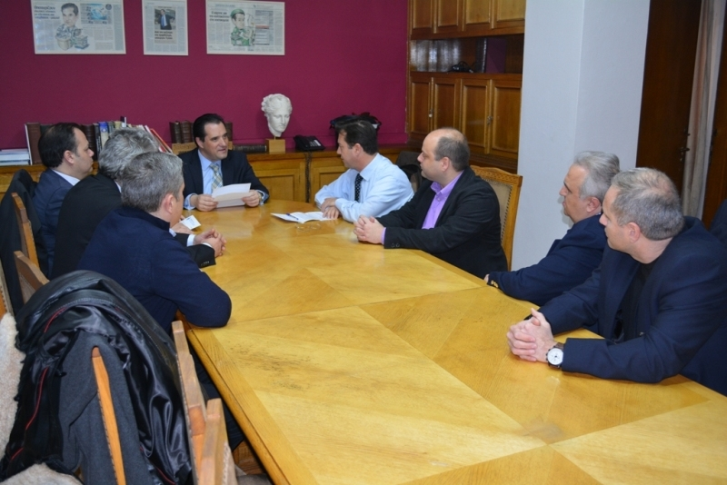 Συνάντηση του Υπουργού Υγείας, κ. Άδωνι Γεωργιάδη, με το Προεδρείο της ΕΝΙ-ΕΟΠΥΥ.