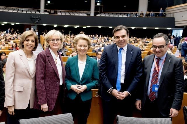 Νέο σχέδιο δράσης της Ευρωπαϊκής Επιτροπής κατά του Καρκίνου παρουσία Υφυπουργού Υγείας Βασίλη Κοντοζαμάνη