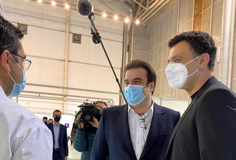 Επίσκεψη των Υπουργών Υγείας Βασίλη Κικίλια και Επικρατείας και Ψηφιακής Διακυβέρνησης Κυριάκου Πιερρακάκη στο Mega εμβολιαστικό κέντρο του Ελληνικού